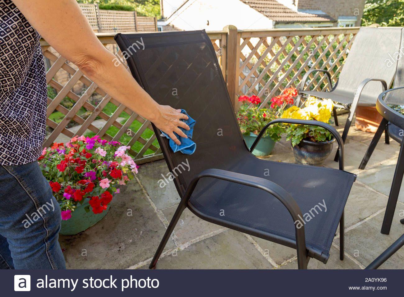 limpieza-de-muebles - limpieza de muebles de jardin 2a0yk96