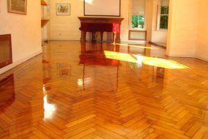 blog - su propia rutina de limpieza de pisos de madera dura